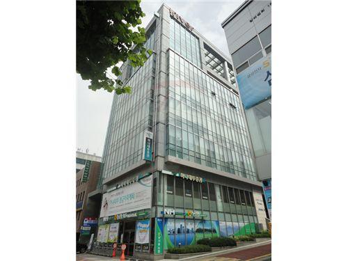 Seocho-gu, Seoul - For Rent/Lease - ₩ 8,300,000