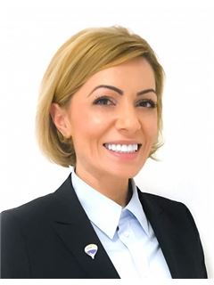 Elena Izabela Gross - RE/MAX Real Experts