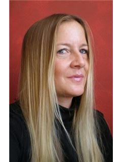 Alexandra Hubeny-Pallierer - RE/MAX Best