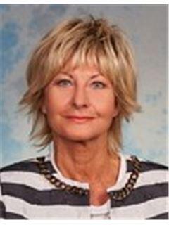 Karin Janousek - RE/MAX Mödling