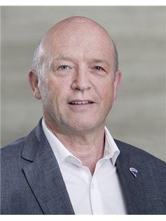 Werner Gomig - RE/MAX Invest