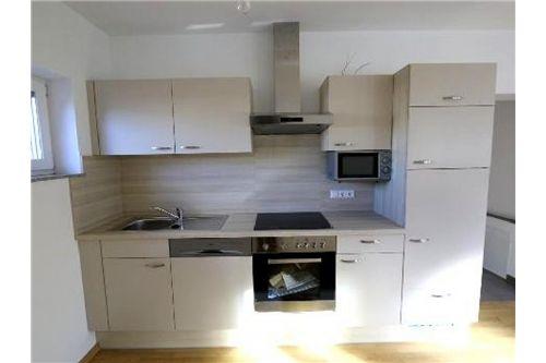 Küche mit Wohn_Essbereich