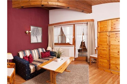 Leutasch-Appartementhaus-Südansicht