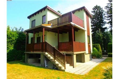 01 Einfamilienhaus Altenberg