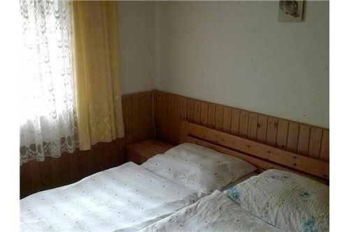 04. Wohnzimmer