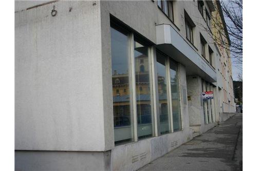 2-REMAX-Eisenstadt-Außenansicht