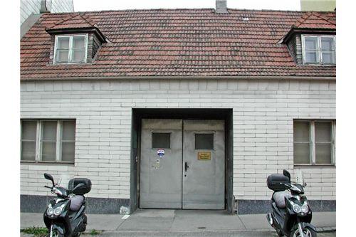 02. Baugrund im Zentrum Nähe Kirche, Brunn am Geb.