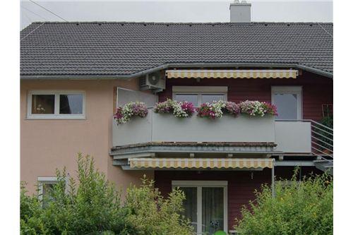 Wohnung mit großen Balkon