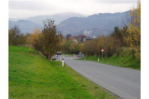 Zufahrt-Südautobahn