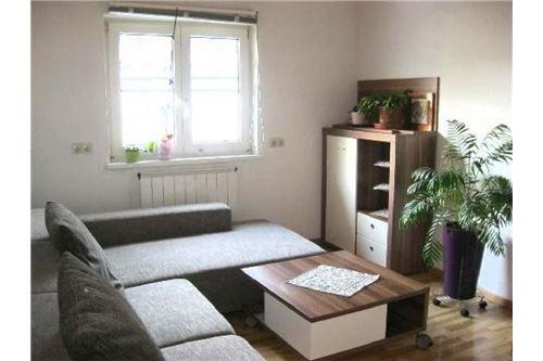 Haus-Landeck-WZ/DG