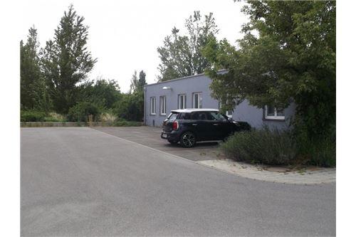 2-REMAX-Eisenstadt-Parkplätze