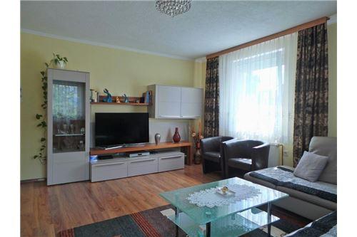 Wohnzimmer, Wohnung Attnang-Puchheim