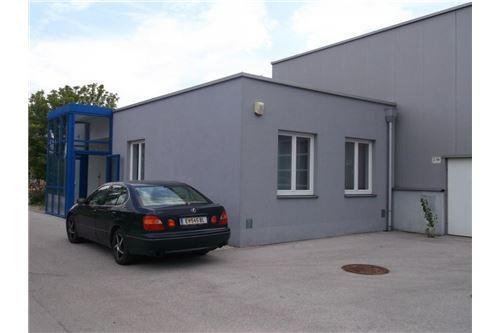 3-REMAX-Eisenstadt-Außenansicht