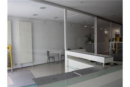 3-Remax-Zinshaus Eisenstadt-Geschäftslokal EG