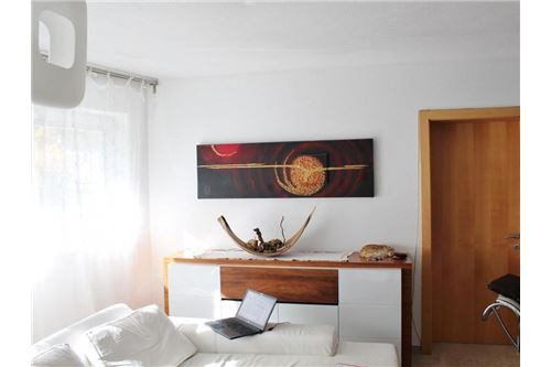 Landeck-Haus-EG-Wohnzimmer