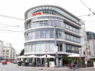 Office of RE/MAX First - Wien,Hietzing
