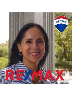 Patricia  Luna Robles - RE/MAX Plus