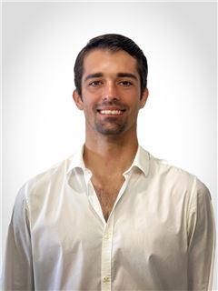 José Fernando  Domínguez Cervantes - RE/MAX Pacific Life
