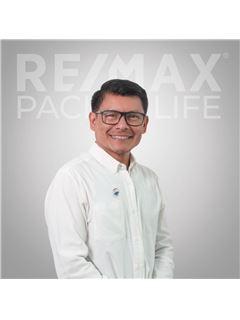 Ismael  de La Rosa - RE/MAX Pacific Life