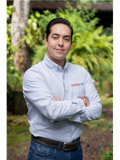 Miguel Chavez Villaescusa - RE/MAX Valle