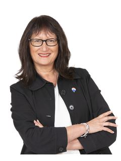 Kim Clementson - RE/MAX Realty Group, Warkworth