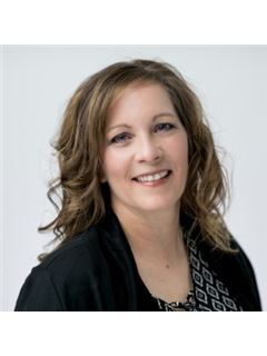 Peggy Crase - RE/MAX Capitol Properties