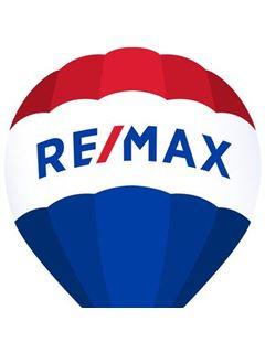 Robert W. Ray - RE/MAX Capital Centre Inc Realtors