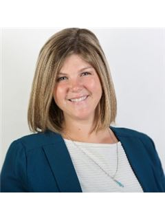 Addie Davis-Holsinger - RE/MAX Capital Centre Inc Realtors