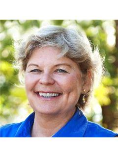 Deborah K Wade - RE/MAX Executive