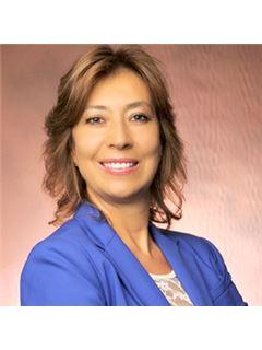 Claudia P. Echeverri - RE/MAX 1st Choice