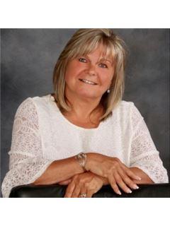Debra Lewis - RE/MAX Platinum