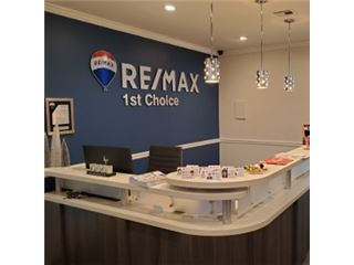 Office of RE/MAX 1st Choice - Great Neck
