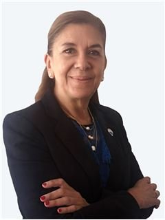Marinela Echenagucia - RE/MAX - GOLD
