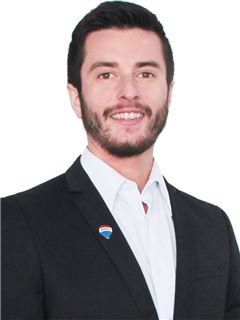 Broker/Owner - Ignacio Echegoyen - RE/MAX - FIRST