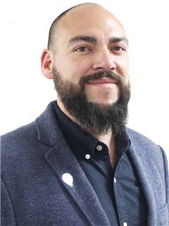 Juan Pablo Moraga - RE/MAX - FIRST