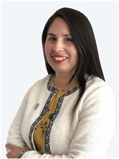 Francisca Apablaza - RE/MAX - ADVANCE