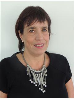 Claudia Pardo - RE/MAX - GOLDEN