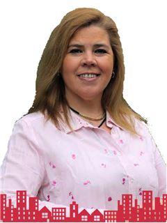 Claudia Unzueta Daly - RE/MAX - FUTURO