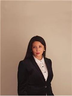 Isabel Valencia - RE/MAX - GREENHOUSE