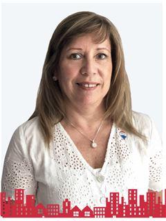 Pamela Elizabeth Vargas Pacheco - RE/MAX - FUTURO