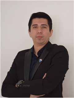 Pedro Rosas - RE/MAX - CAPITAL