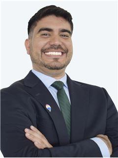 Robert Llovera Gallardo - RE/MAX - CAPITAL