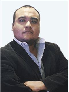 Agente Asociado - Adolfo Valenzuela - RE/MAX - GOLD