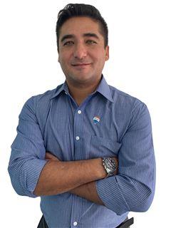 Ricardo Castro Osorio - RE/MAX - SYNERGY