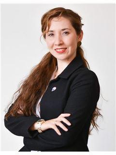 Solange Triviño - RE/MAX - CORDILLERA