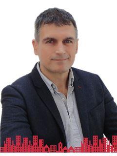 Carlos Alberto Alvarez Vazquez - RE/MAX - FUTURO