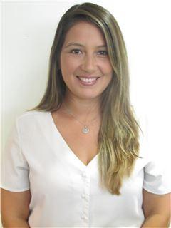 Daniela Arqueros - RE/MAX - 360