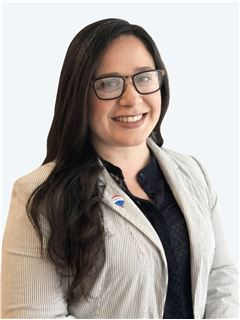 Orianna Manzano Duran - RE/MAX - ADVANCE