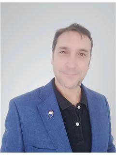 Eduardo Turina G. - RE/MAX - GO