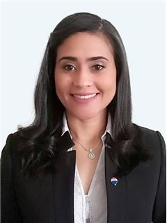 Keila Moreno - RE/MAX - EXCLUSIVE